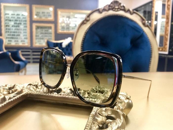 slnečné okuliare Alexander MCqueen