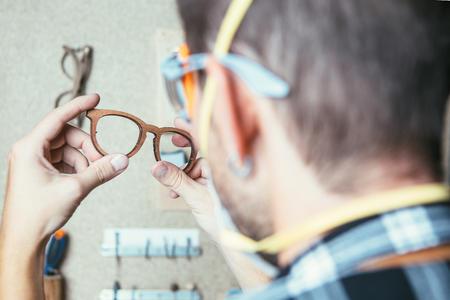 Luxottica výroba okuliarov